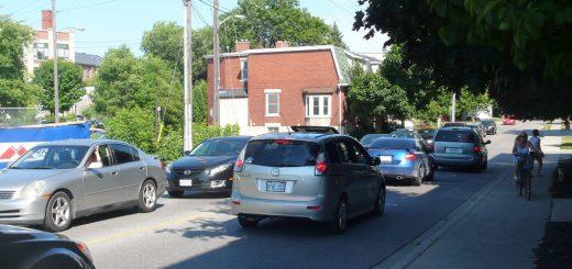 Photo of heavy traffic on Neeve Street, summer 2016